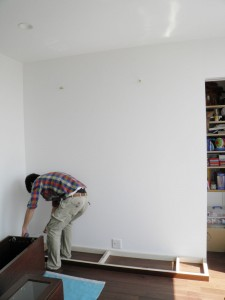 壁面収納の設置前
