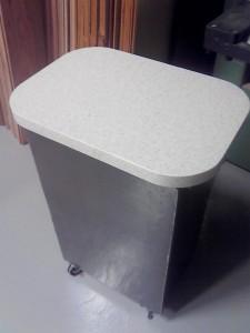 R アール サイドワゴン テーブル