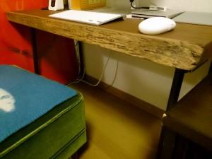 パソコンテーブル