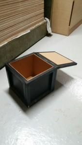 実験箱 コルク