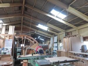 箭木木工所の作業場の風景