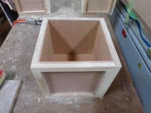 組まれた木箱