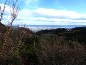 本堂から奈良盆地を望む