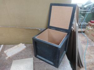 実験用木箱の見本。