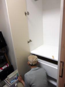 扉の調整作業