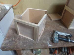 木箱の側面づくり