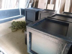 実験用の箱